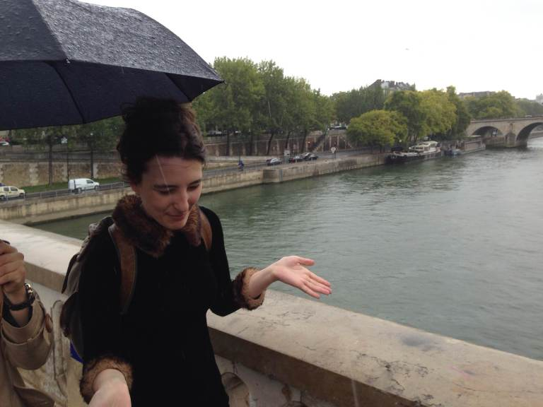 Wait, this rain was not falling a minute ago. I have been caught unawares again. Is this a thing in Paris?