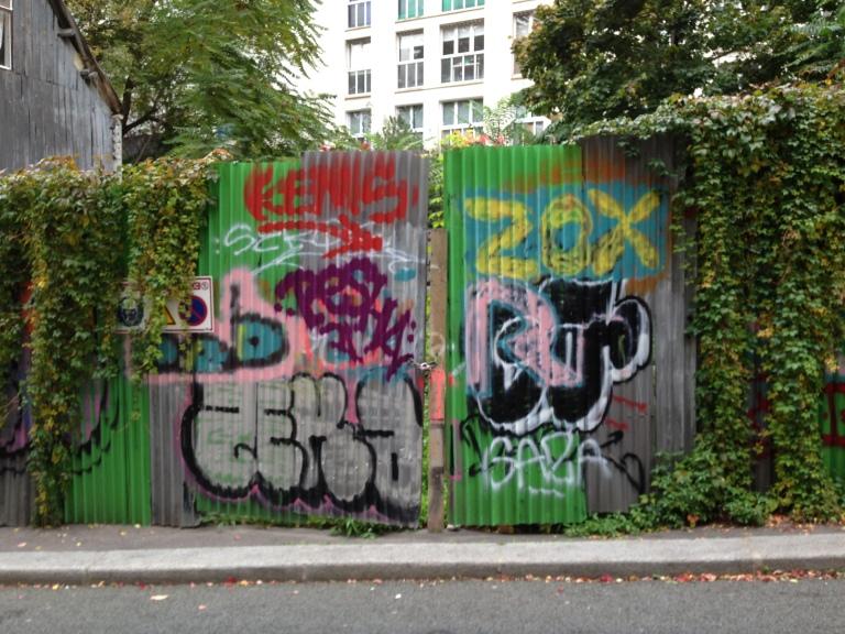 Paris-rue-de-Juillet-graffiti